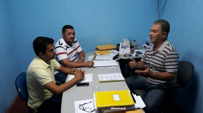 Vereadores visitam diretor do SAAE Sento-Sé